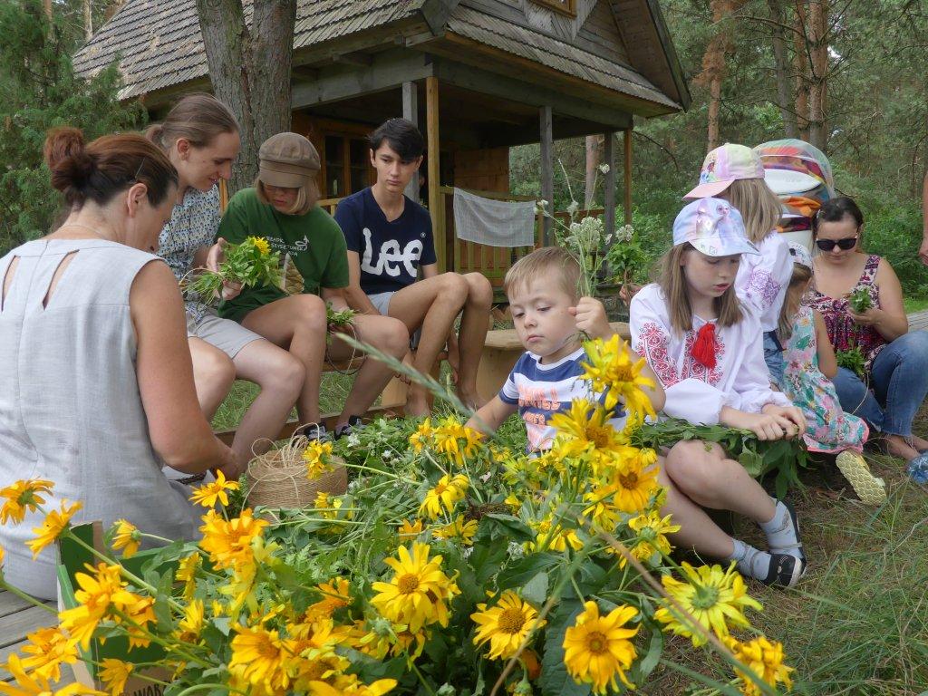 «Літні зустрічі з українським фольклором»